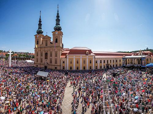 Olomoucká arcidiecéza sa počas národnej cyrilo-metodskej púte na Velehrade tešila z vymenovania dvoch pomocných biskupov