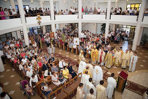 Veriaci v Sobranciach oslavovali 70. výročie farnosti