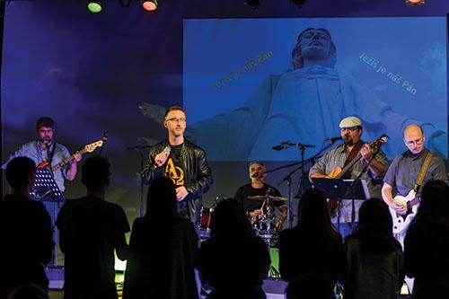 Skupina Anastasis '95 v Košiciach zakončila sériu koncertov Zapáľme svet