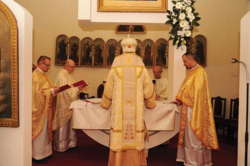 V Okružnej posvätili obnovený bohostánok