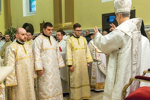 Vladyka Milan Chautur udelil nižšie svätenia