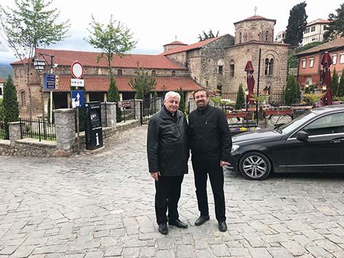 Vladyka Ján Babjak navštívil hrob sv. Nauma
