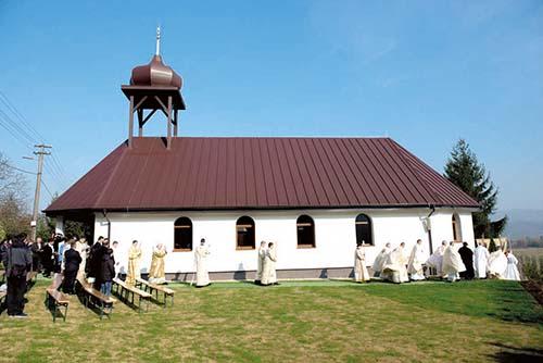 V Bystrom bol posvätený nový chrám