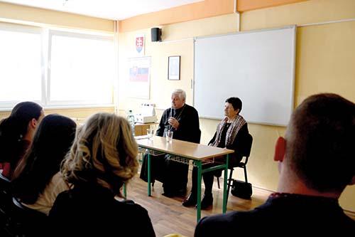 Diskusia s vladykom Jánom Babjakom o časoch neslobody