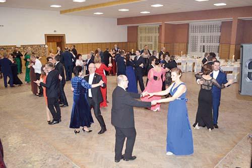 Ples spoločenstva SKALA