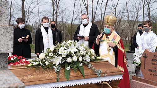 Pohreb Anny Chauturovej