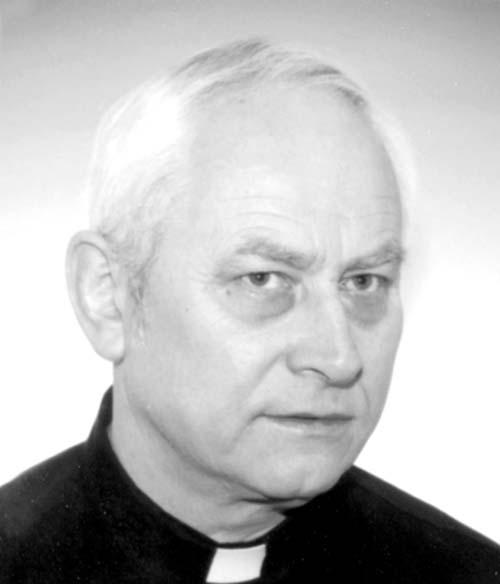 Zomrel otec Vojtech Rosík