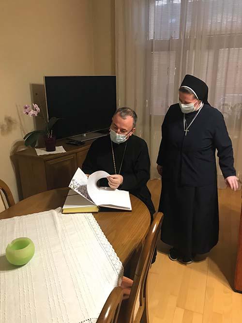 Arcibiskup Cyril Vasiľ SJ navštívil služobnice v Prešove